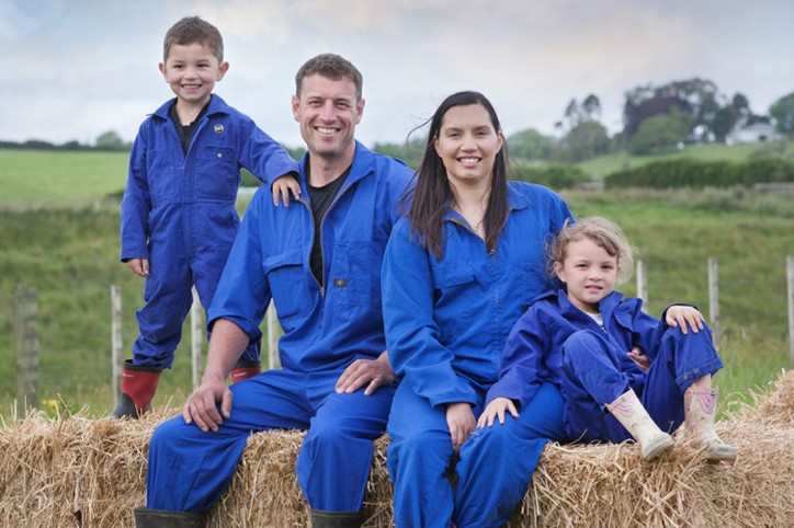 Photo of Kane Briscoe and family