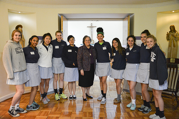 May Alumnae News - The Academy of the Holy Cross